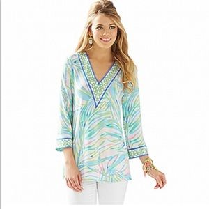 Lilly Pulitzer size small Port tunic top v neck